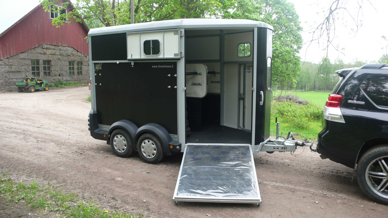 Horseboxes-4