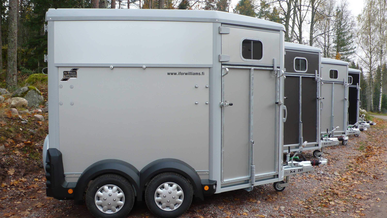 Horseboxes-6
